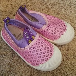 Other - Toddler girl water shoes